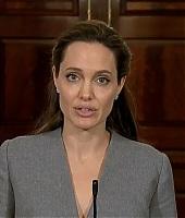 Angelina Jolie 05