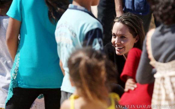 The New York Times publica artigo escrito por Angelina Jolie