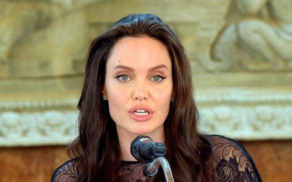 Angelina Jolie não esta se preparando para novo casamento