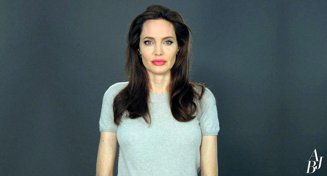 Evento exibe mensagem enviada por Angelina Jolie