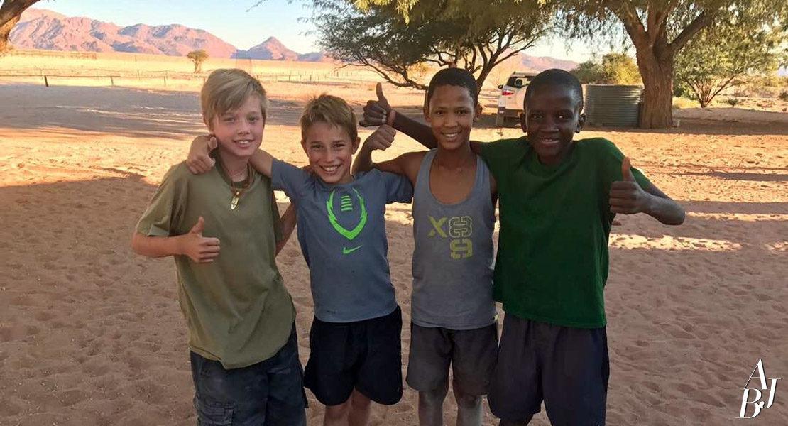 Jolie inaugura Santuário de Vida Selvagem na Namíbia